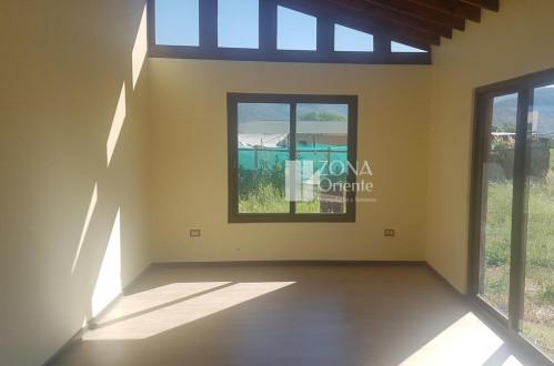 Hermosa y amplia casa en Valdivia de Paine en Buin